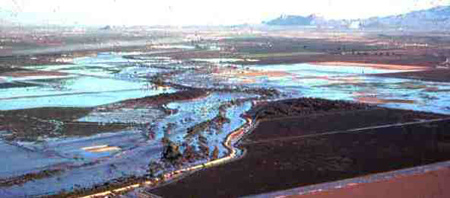 Photo: Flooding inundates large areas of Marana and unincorporated Pima County during the January 1993 event on the Lower Santa Cruz River.